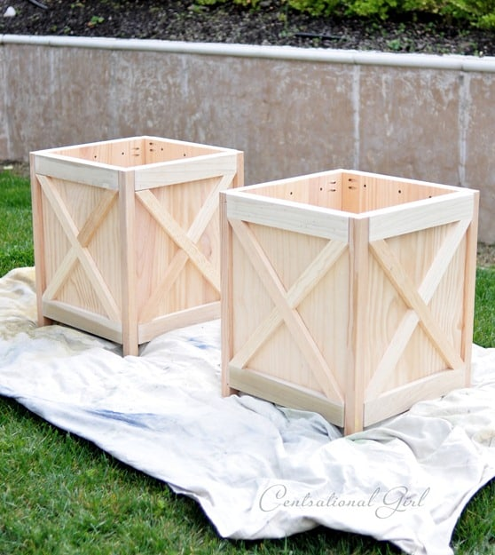 Criss Cross Square Planter Box Plans