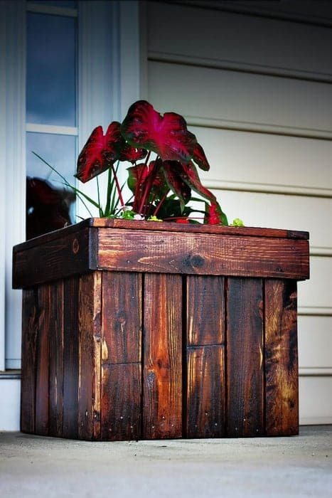 Planter Made From A Wood Pallet