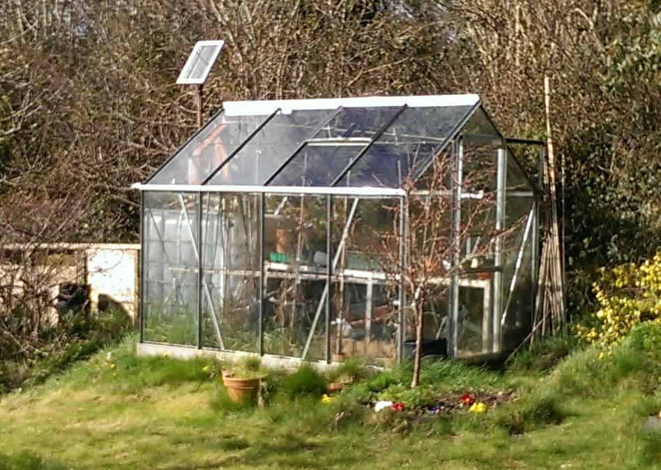 Solar-Powered Maintained Greenhouse